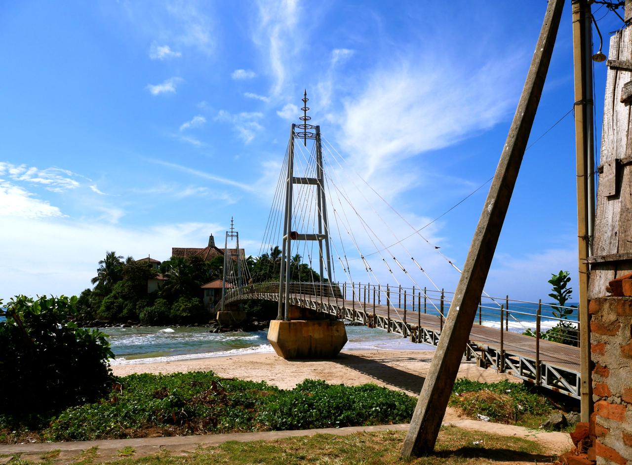 SriLanka-MataraParawiDuwaTemple